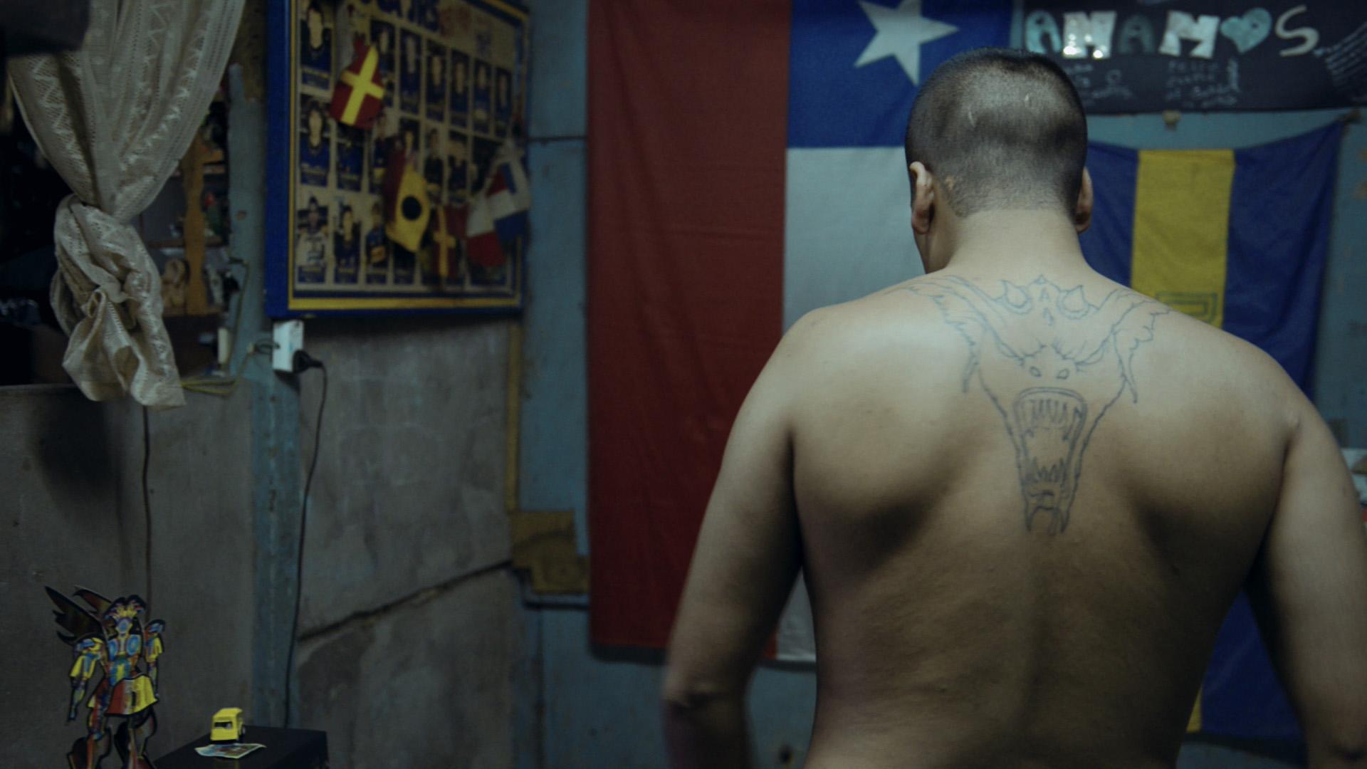 Кадр из фильма«En la Boca» (реж. Маттео Гарильо)
