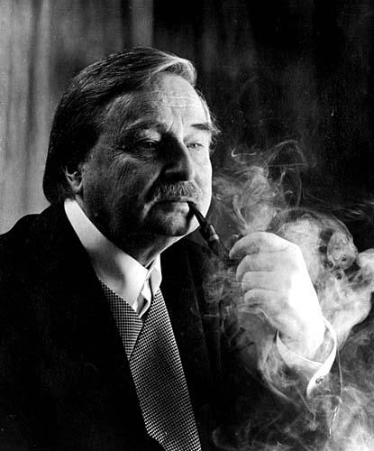 Милорад Павич (1929-2009)