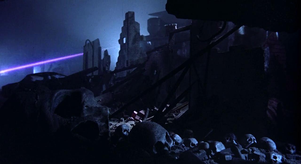 Кадр из фильма «Терминатор». Реж. Джеймс Кэмерон. 1984