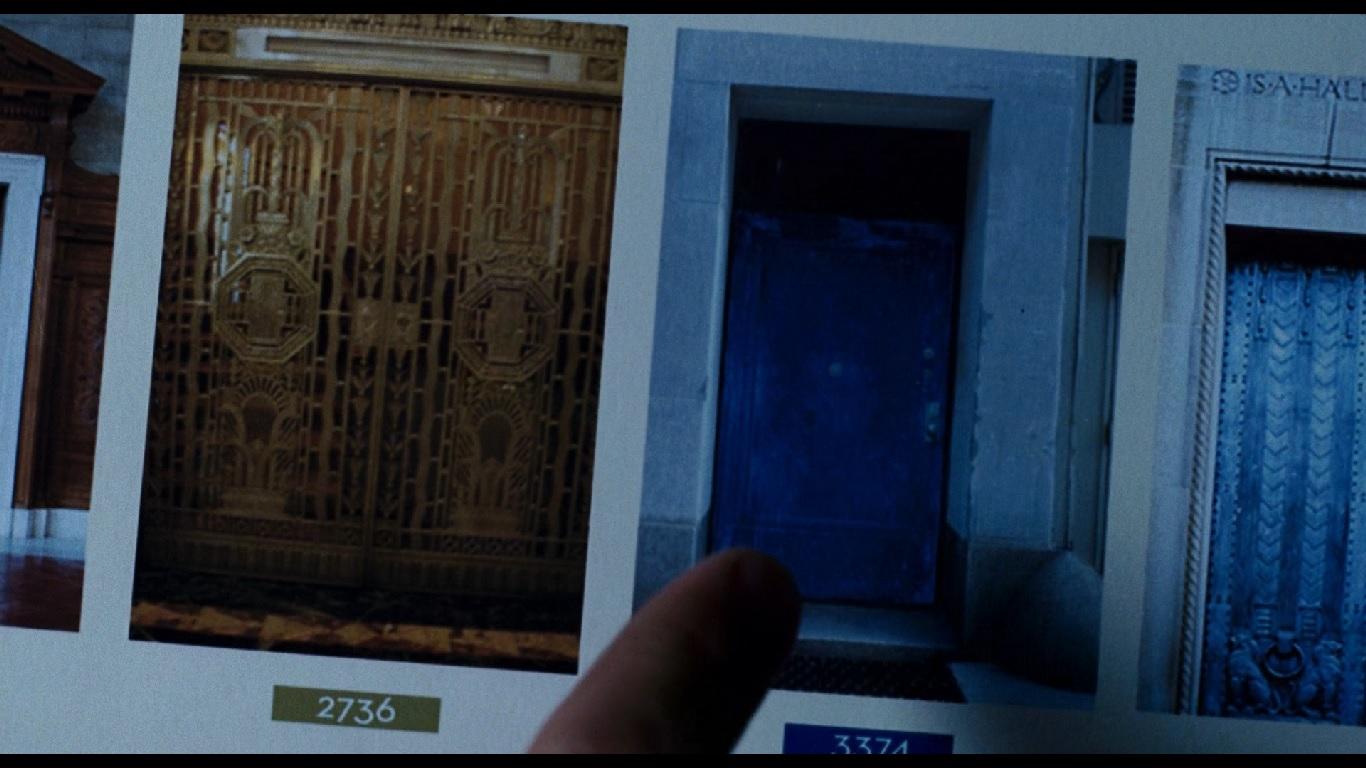 1:23:09. Синяя дверь — ключ к победе над Бюро и встреча с Элизой.